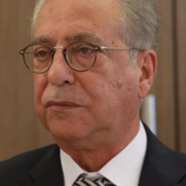 Dr Petros Petrides