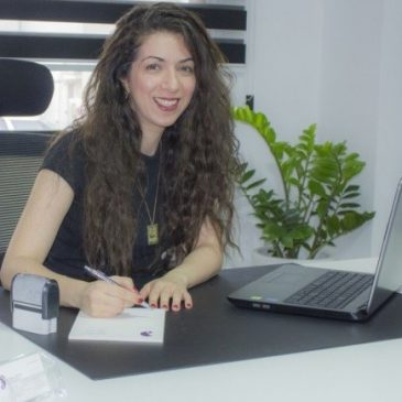Dr Maro Petrou