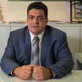Dr Themis Komodromos